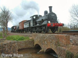 Fundraising helps to bring historic steam train back to Norfolk